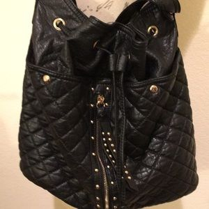 Beautiful Faux Leather LD Purse
